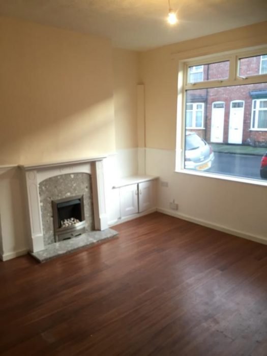 Lewes Road - Darlinton. Livingroom