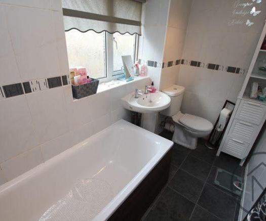 Mellanby Bathroom