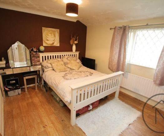 Mellanby Bedroom 1