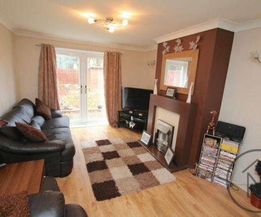 Mellanby Living room2
